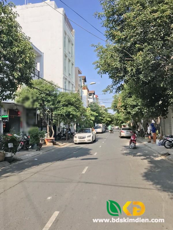 Bán nhà 1 lầu mặt tiền đường số 85 Phường Tân Quy Quận 7.