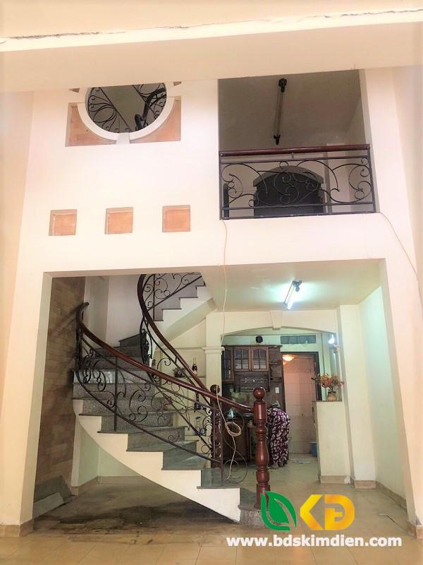 Cho thuê nhà 3 lầu mặt tiền Trần Xuân Soạn phường Tân Kiểng Quận 7