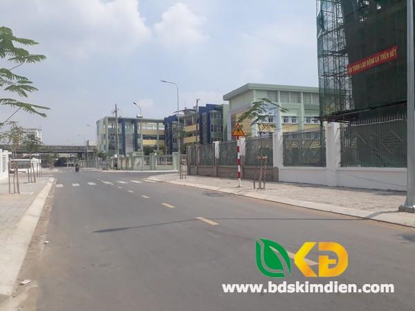Bán nhà nát mặt tiền Đường 12m-Huỳnh Tấn Phát (sau Điện Máy Xanh) Quận 7