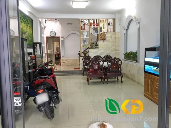 Bán nhà đẹp 1 lầu(nở hậu) hẻm xe hơi 994 Huỳnh Tấn Phát Quận 7