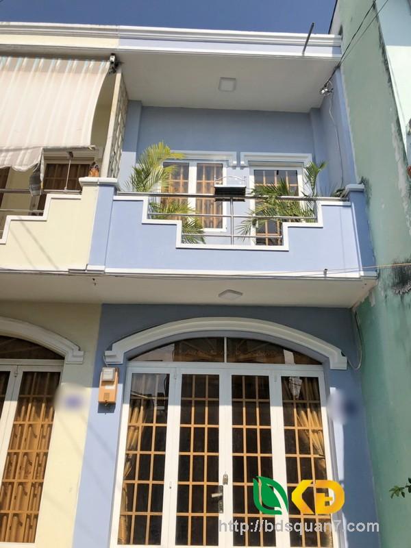 Bán nhà 1 lầu đúc hẻm 1247 Huỳnh Tấn Phát phường Phú Thuận Quận 7