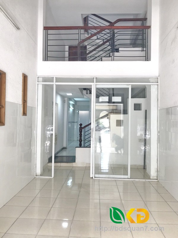 Bán nhà 1 lửng, 1 lầu mặt tiền Huỳnh Tấn Phát phường Tân Phú Quận 7