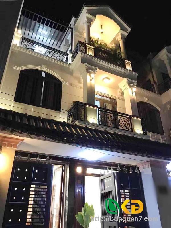 Bán nhà 2 lầu đẹp lung linh hẻm 115 Phạm Hữu Lầu quận 7.
