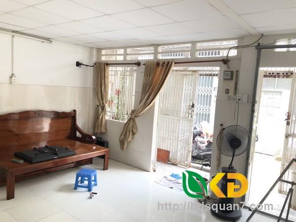 Bán nhà 1 lầu đẹp hẻm 861 Trần Xuân Soạn quận 7.