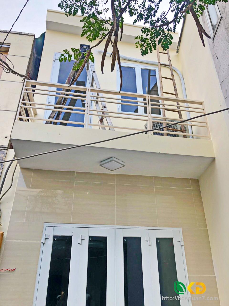 Bán nhà 1 lầu (nở hậu) hẻm 88 Nguyễn Văn Quỳ Quận 7