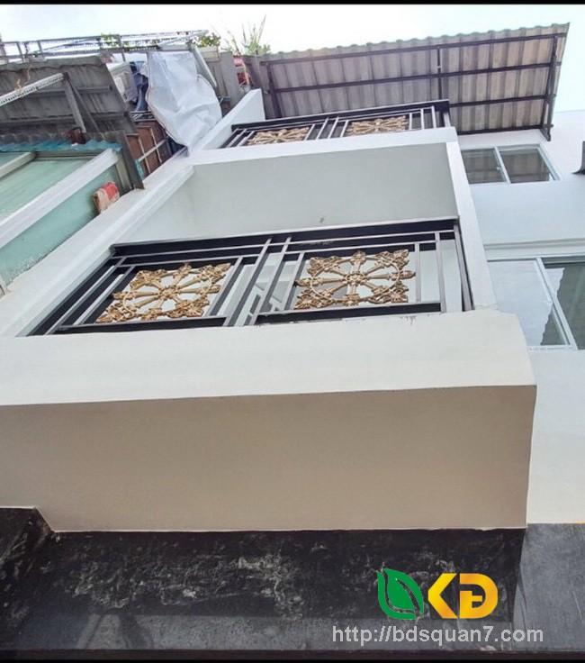 Bán nhà mới 2 lầu (nở hậu) hẻm 60 Lâm Văn Bền Quận 7