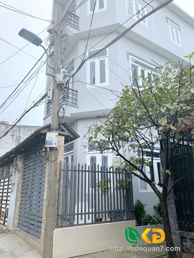 Bán nhà 2 lầu góc 2 mặt tiền hẻm 2174 đường Huỳnh Tấn Phát Huyện Nhà Bè
